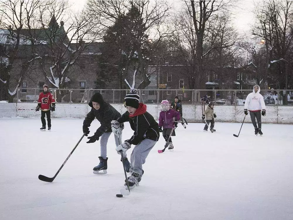 Understand At What Age Should Your Child Begin To Play Hockey? Before You Regret